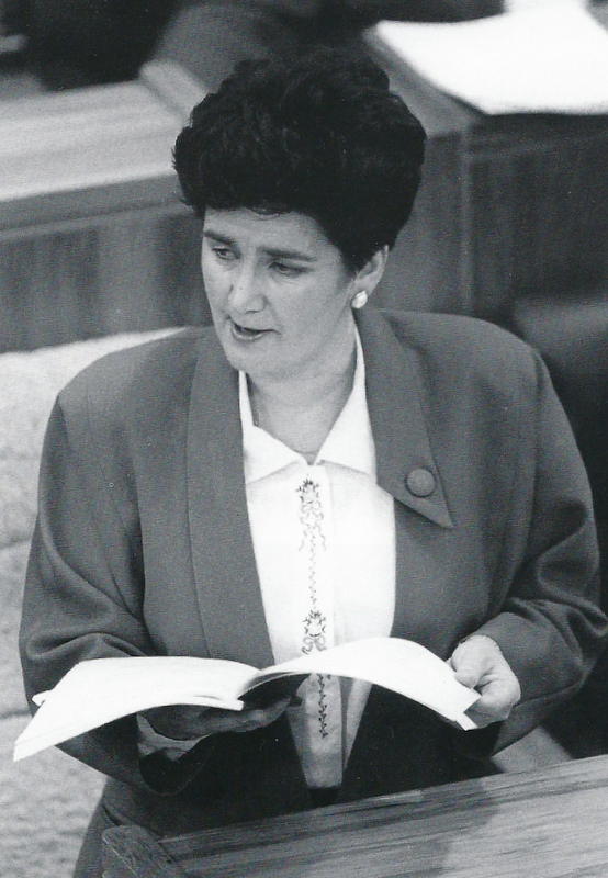 Ruth presenting the Budget, 1991